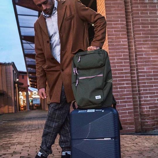 Samsonite Luggage & Backpacks